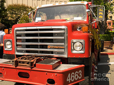Photograph - 1982 International Cal Fire Engine Model 6 Dsc1408 by Wingsdomain Art and Photography