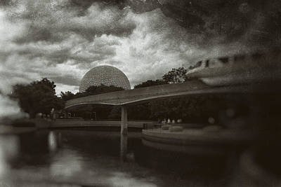 Photograph - 1982 by Nicholas Evans