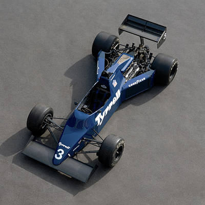 Formula One Photograph - 1985 Tyrrell-cosworth 012 3.0 Litre by Panoramic Images