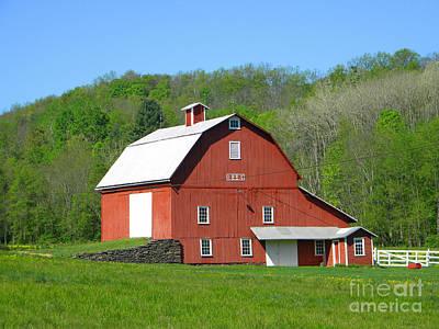 Photograph - 1884 Barn by Doug Heavlow