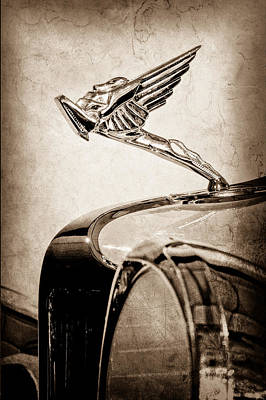 Photograph - 1931 Cord L-29 Legrande Speedster Hood Ornament by Jill Reger