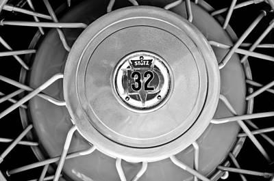 Photograph - 1931 Stutz Dv-32 Convertible Sedan Wheel Emblem by Jill Reger