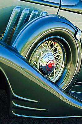 Photograph - 1933 Pontiac Spare Tire -0431c by Jill Reger