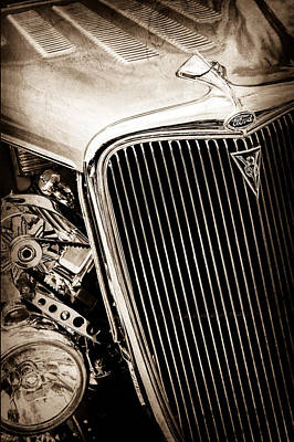 Classic Hot Rod Photograph - 1934 Ford Deluxe Hot Rod Grille Emblem by Jill Reger