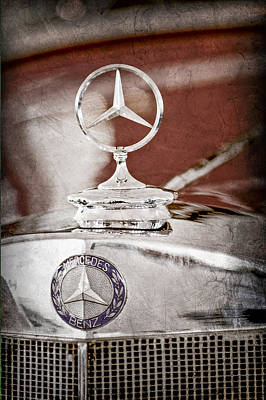 Hood Ornament Photograph - 1937 Mercedes-benz Cabriolet Hood Ornament - Emblem by Jill Reger