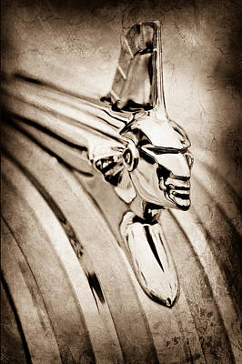 1951 Pontiac Streamliner Hood Ornament Art Print by Jill Reger