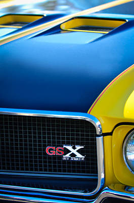 Art Print featuring the photograph 1970 Buick Gsx Grille Emblem by Jill Reger