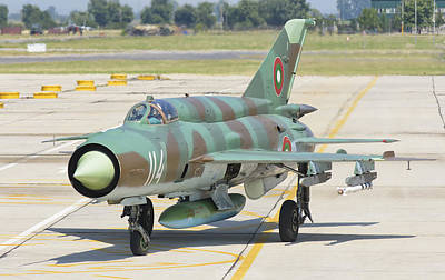 Jet Star Photograph - A Bulgarian Air Force Mig-21 by Giovanni Colla