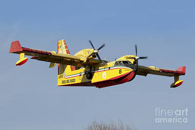 Transportation Royalty-Free and Rights-Managed Images - A Cl-415 Italian Fire Hunter by Luca Nicolotti