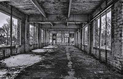 Derilict Buildings Photograph - Abandonded And Empty by Trevor Kersley