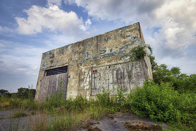 Abandoned Truck Stop Art Print by Eric Gendron