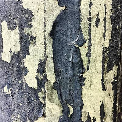 Abstract Photograph - Lamppost 9 by Jason Michael Roust