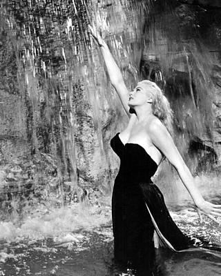 1960 Photograph - Anita Ekberg In La Dolce Vita  by Silver Screen