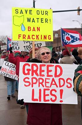 Youngstown Ohio Photograph - Anti-fracking Protest by Jim West