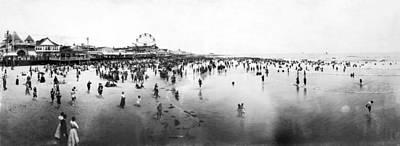 Photograph - Atlantic City Beach by Granger