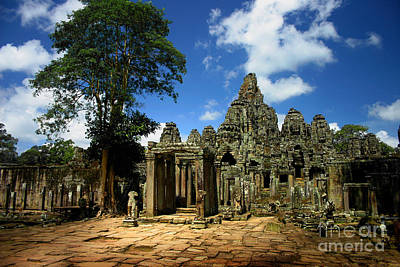 Bayon Temple View From The East Art Print