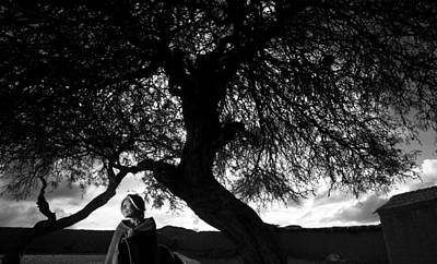 Photograph - Bolivian Woman by Roberto Falck