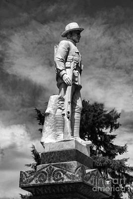 Digital Art - Braidwood  War Memorial by Fran Woods