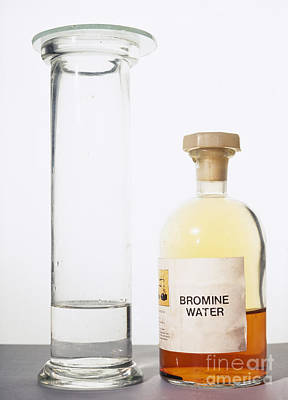 Water Jars Photograph - Bromine Test For Alkene by Andrew Lambert Photography