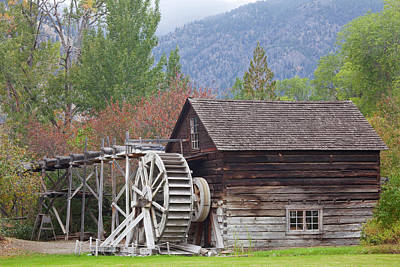 Waterwheel Photograph - Canada, British Columbia, Keremeos by Jaynes Gallery