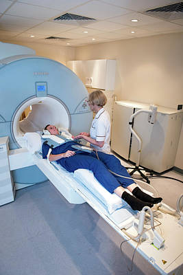 Mri Photograph - Cardiac Mri by John Cairns Photography/oxford University Images
