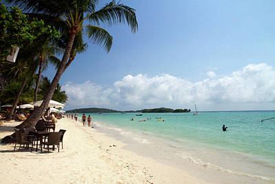 China Beach Photograph - Chaweng Beach And The Gulf Of Thailand by David R. Frazier