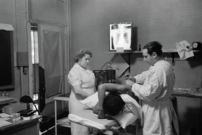 Chicago Sanitarium, 1941 Print by Granger