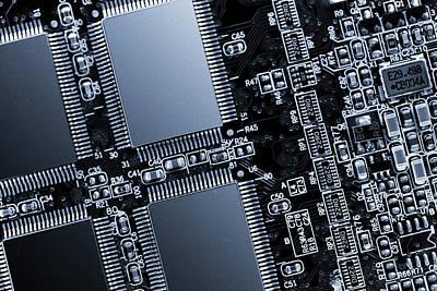 Electronics Photograph - Circuit Board by Wladimir Bulgar