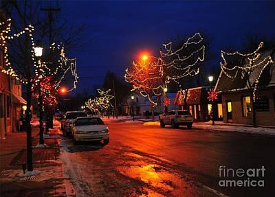 Clare Michigan Photograph - Clare Michigan At Christmas 3 by Terri Gostola