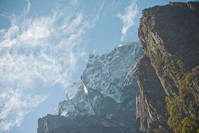 Water Droplets Sharon Johnstone - Clouds on the peak by Raimond Klavins