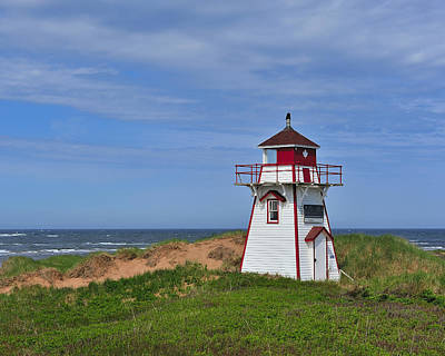 Covehead Photograph - Covehead Harbour Lighthouse by Tony Beck
