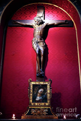 Photograph - Crucifix by John Rizzuto