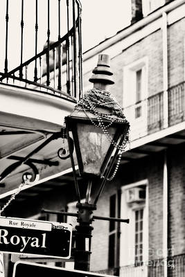 Gas Lamp Quarter Photograph - Dressed For The Party by Scott Pellegrin