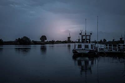 Photograph - Early Morning by John Johnson