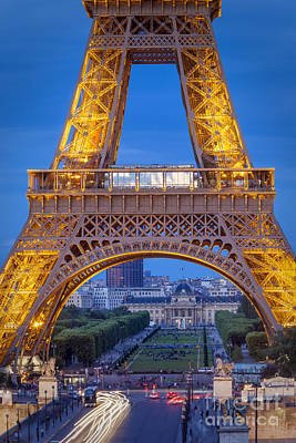 Eiffel Tower At Twilight Art Print by Brian Jannsen