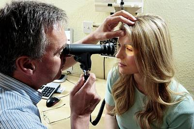 Ophthalmologists Photograph - Eye Examination by Saturn Stills