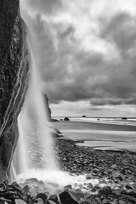Falling Into The Sea Art Print by Jon Glaser