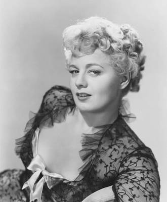1950 Movies Photograph - Frenchie, Shelley Winters, 1950 by Everett