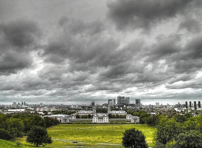 Greenwich And Docklands Hdr Print by David French