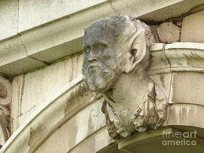 Catherine Howard Photograph - Hampton Court Palace Gargoyle by Deborah Smolinske
