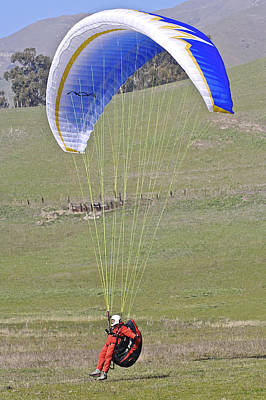 Photograph - Hang Glider 2 by SC Heffner