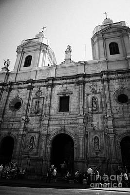Iglesia De Santo Domingo Santiago Chile Art Print by Joe Fox