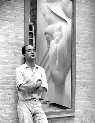 Sculptor Photograph - Isamu Noguchi With Sculpture by Underwood Archives