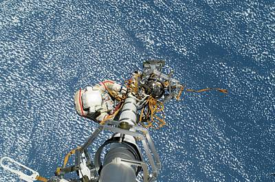 Manned Space Flight Photograph - Iss Spacewalk by Nasa