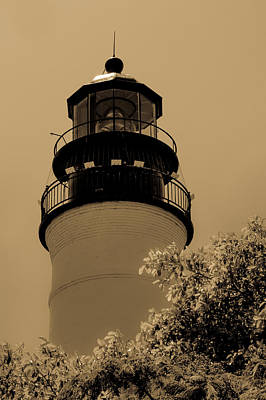 Photograph - Key West Lighthouse by Ed Gleichman