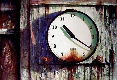 Painting - Killing Time by David  Poxon