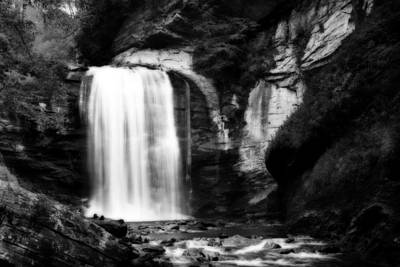 Photograph - Looking Glass Falls by Steven Richardson