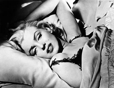 Marilyn Monroe (1926-1962) Art Print by Granger