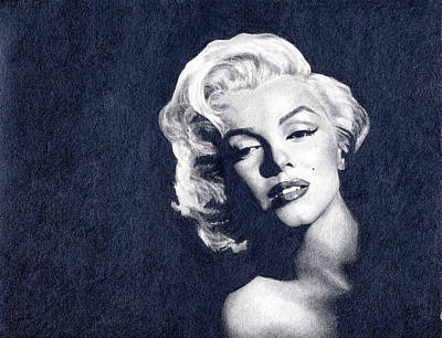 Hyper-realism Drawing - Marilyn Monroe by Erin Mathis