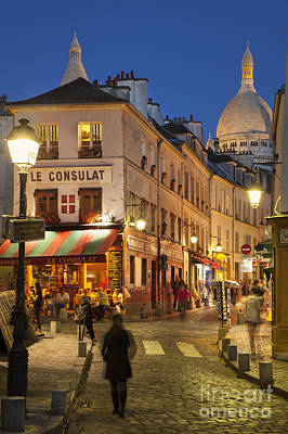 Montmartre Twilight Art Print